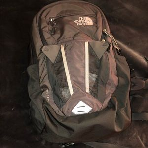 Recon Northface Backpack! 💲⬇️